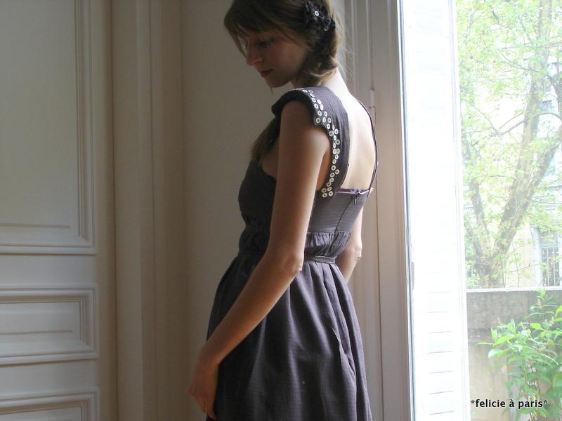 robe yolaine f licie paris. Black Bedroom Furniture Sets. Home Design Ideas